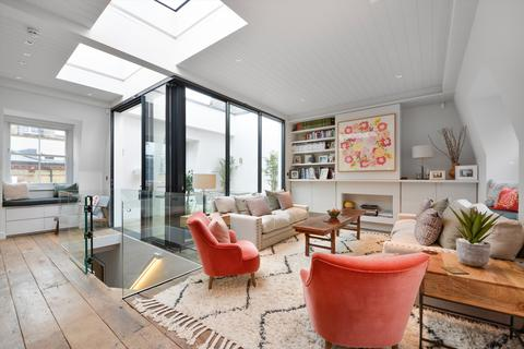 4 bedroom mews to rent - Wimpole Mews, London, Greater London, W1G