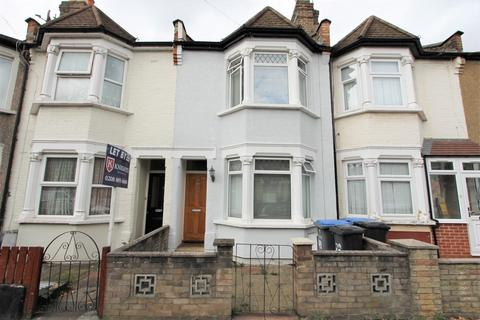 3 bedroom house - Gordon Road, London, N9