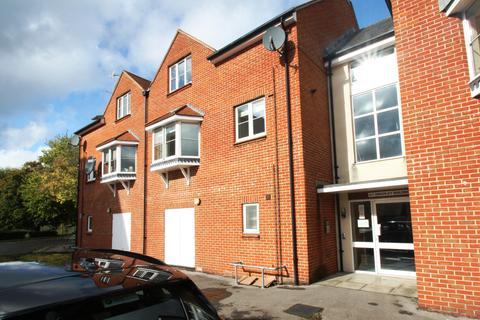 2 bedroom apartment - Waterloo Court, Andover