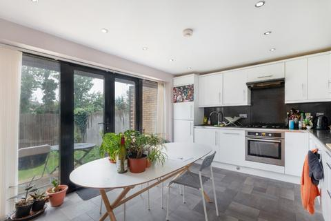 3 bedroom semi-detached house for sale - Ivanhoe Road, East Dulwich, London, SE5 8DJ