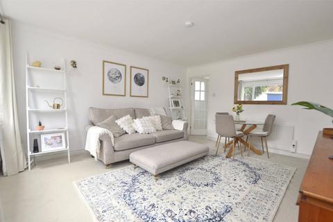 2 bedroom apartment for sale - Battledown Priors, Cheltenham, GL52