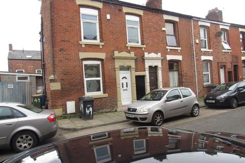 6 bedroom terraced house to rent - Elmsley Street, PRESTON, Lancashire PR1 7XE