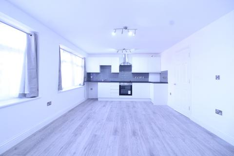 2 bedroom flat to rent - Manor Road, Dagenham, London, RM10 8BB