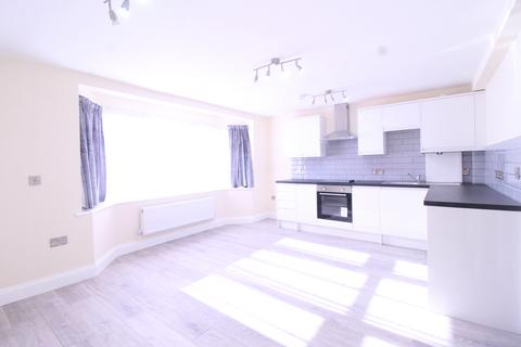 3 bedroom flat to rent - Manor Road, DAGENHAM, RM10 8BB