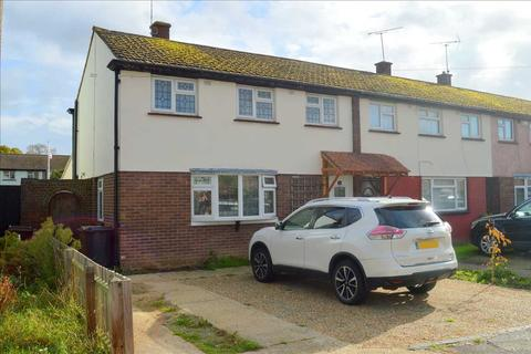 3 bedroom house for sale - Pennine Road, Chelmsford