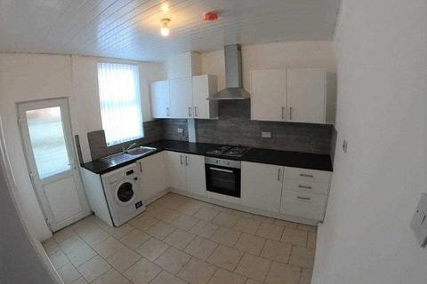 3 bedroom terraced house to rent - Taplow Street, Liverpool
