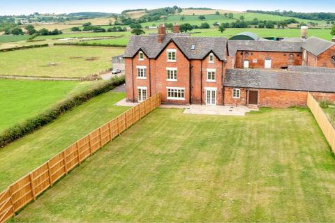 6 bedroom farm house to rent - Hungerford Lane, Madeley, Crewe