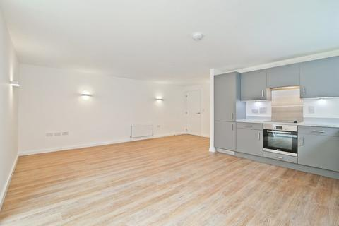 2 bedroom apartment to rent - Cecil Park, London, N8