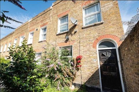 2 bedroom cottage for sale - Brighton Grove, London SE14