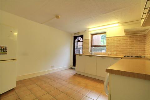Studio to rent - Zinzan Street, Reading, RG1