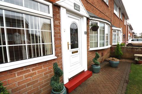 3 bedroom semi-detached house for sale - Clarke Crescent, Bempton