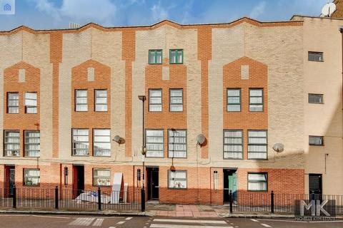 10 bedroom terraced house to rent - Backchurch Lane, Aldgate, London, E1 1LT