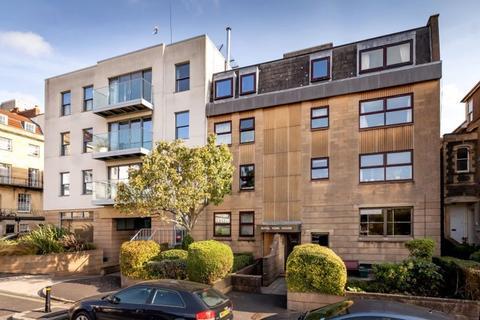 2 bedroom apartment for sale - Royal York Villas, Clifton