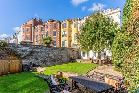 2 bedroom apartment for sale - Kingsdown Parade, Kingsdown