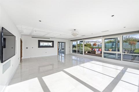3 bedroom penthouse for sale - Kew Bridge Road, Brentford, Middlesex, TW8