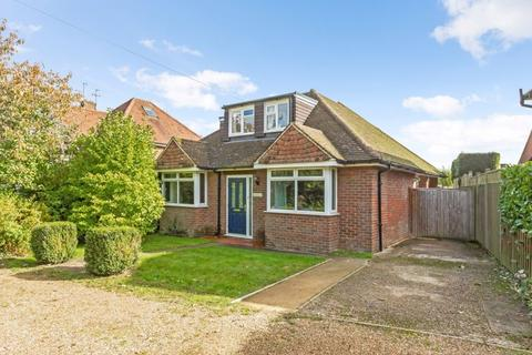 4 bedroom detached bungalow for sale - Chesham Road, Ashley Green
