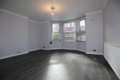 2 bedroom flat to rent - Blatchington Road, Hove