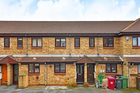 2 bedroom townhouse for sale - Derwent Close, Dronfield
