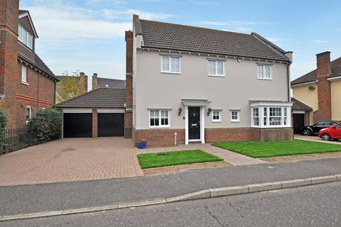 4 bedroom detached house for sale - Multon Lea, Beaulieu Park, Chelmsford, CM1