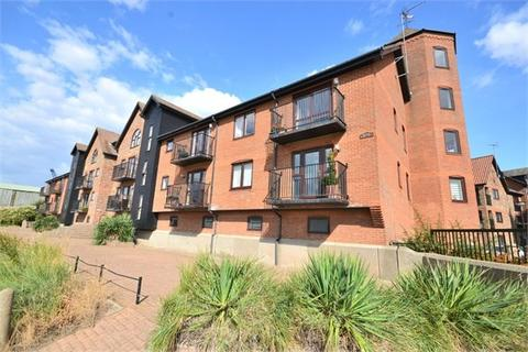 2 bedroom apartment to rent - Trinity Quay, Page Stair Lane, KING'S LYNN, PE30