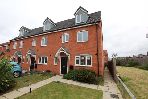 4 bedroom townhouse for sale - Metcalfe Close, Burton-On-Trent