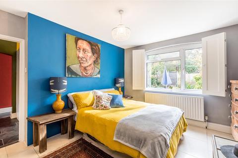 3 bedroom maisonette for sale - Norwood Park Road, London