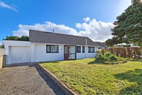 3 bedroom detached bungalow for sale - Cuffern View, Simpson Cross, Haverfordwest