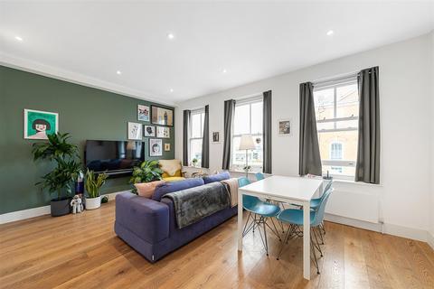 1 bedroom flat for sale - St. John's Hill, SW11
