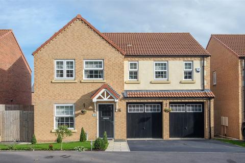 5 bedroom detached house for sale - Orchid Crescent, St Andrews, Morpeth, Northumberland, NE61
