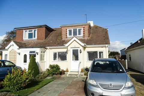 3 bedroom semi-detached house - ROSE GREEN, BOGNOR REGIS