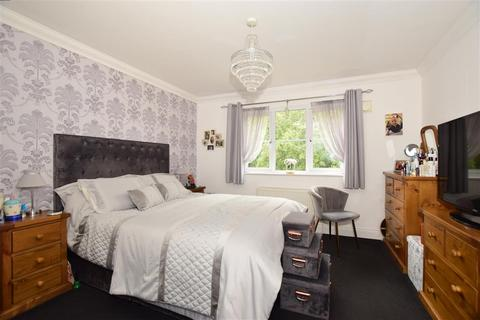 3 bedroom terraced house for sale - Silver Hill Road, Willesborough, Ashford, Kent