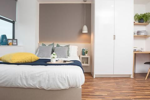 RW Invest - Apartments in Manchester