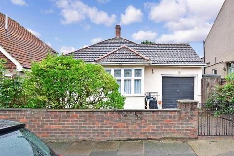 3 bedroom detached bungalow for sale - Standard Road, Bexleyheath