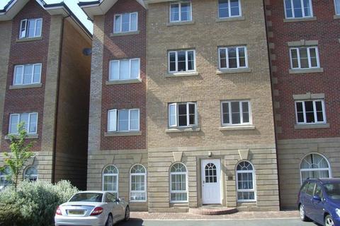 2 bedroom apartment to rent - Labrador Quay, Salford Quays M50
