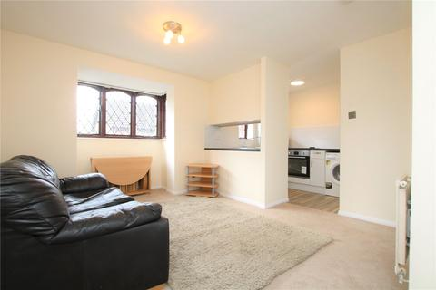 Studio to rent - Ashmere Close, Calcot, Reading, RG31