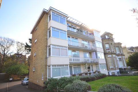 2 bedroom flat to rent - Eaton Gardens Hove BN3