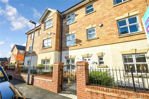 3 bedroom terraced house for sale - Heythrop Close, Whitefield, Manchester, M45