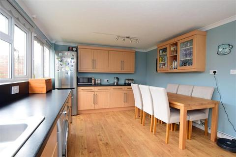 3 bedroom semi-detached house for sale - Gravelly Crescent, Lancing, West Sussex