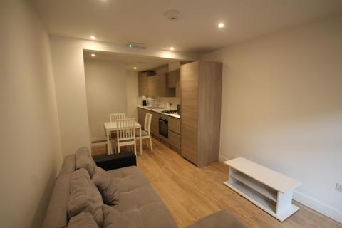 2 bedroom flat to rent - Lower Road, London, SE16 2UN