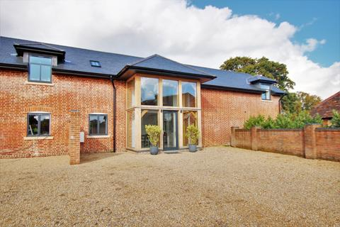 6 bedroom barn conversion for sale - West End, Southampton