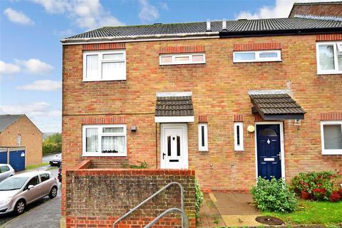 3 bedroom end of terrace house for sale - Ryde Close, Walderslade, Kent