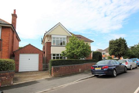 6 bedroom detached house to rent - Jameson Road, Bournemouth, BH9