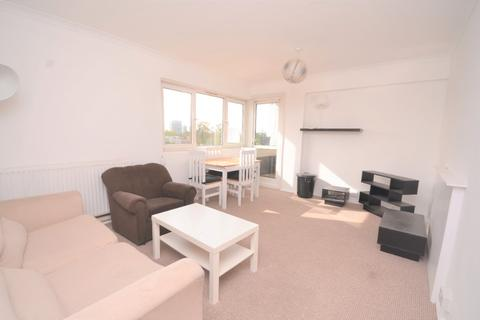3 bedroom flat to rent - Binfield Road, Stockwell, London, SW4 6TE