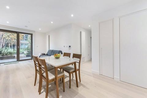 2 bedroom apartment to rent - Pendant Court, 36 Royal Crest Avenue, E16