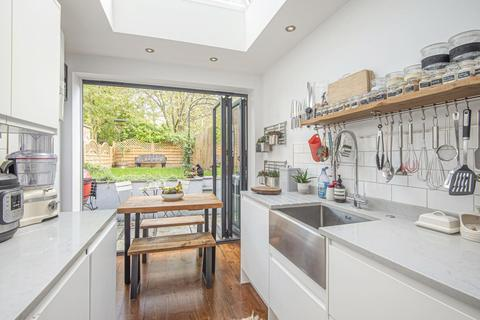 2 bedroom flat for sale - Coverdale Road, Shepherds Bush