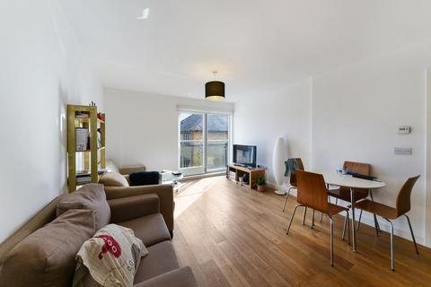 1 bedroom flat to rent - Forge Square, Nr Canary Wharf London, E14