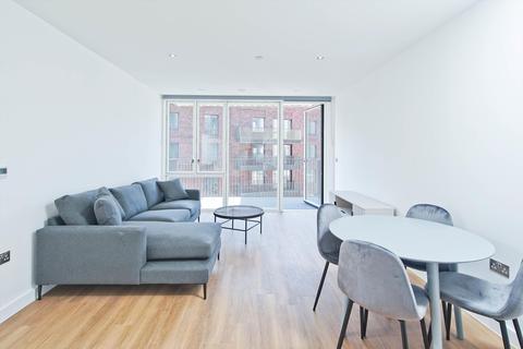 1 bedroom flat to rent - Royal Albert Wharf, Wallis Walk, London, E16