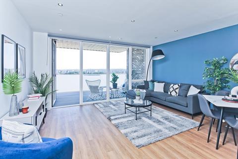 2 bedroom flat to rent - Royal Albert Wharf, Wallis Walk, London, E16