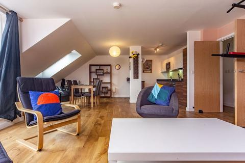 3 bedroom flat to rent - Park Lodge Avenue, West Drayton, Middlesex