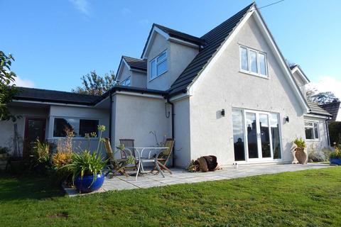 4 bedroom detached bungalow for sale - Axminster Road, Musbury, Devon